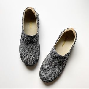 Spenco Orthotic Gray Space Dye Slip On Shoes